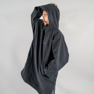 Storm poncho, changing,
